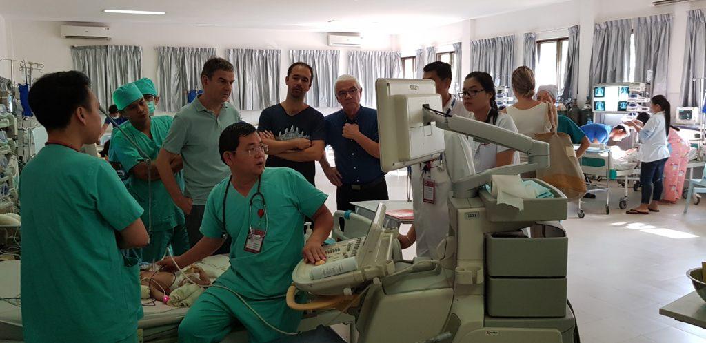 Une échocardiographie pour confirmer le diagnostic et la mission peut commencer.